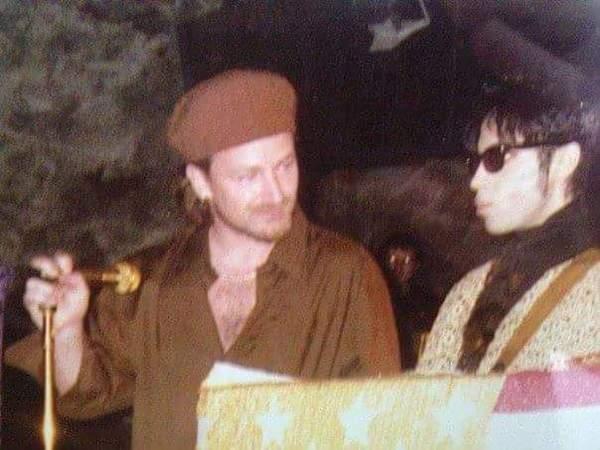 Prince-Bono-95-Pod.jpg